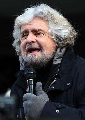 Beppe_Grillo_-_Trento_2012_03